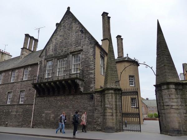 entrance to moray house, royal mile