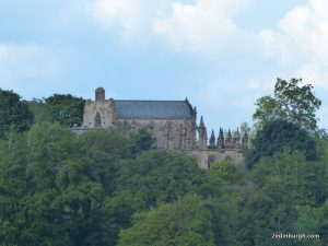 Rosslyn Chapel walk Roslin Glen