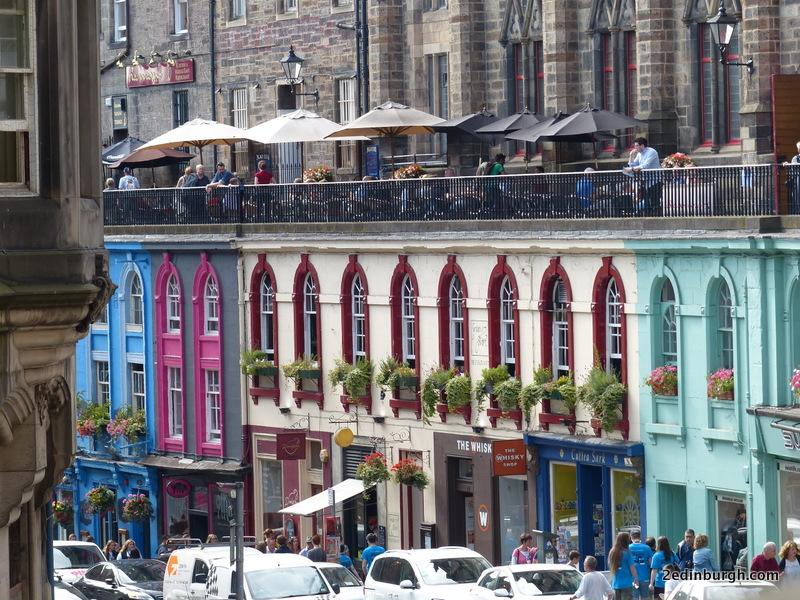 Edinburgh Walk for First Time Visitors