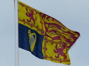 royal standard flag queen